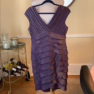 Adrianna Papell Dress Size 10 in Dusty Lilac EUC